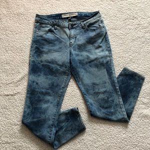 Ashley Mason Size 9 Skinny Jeans